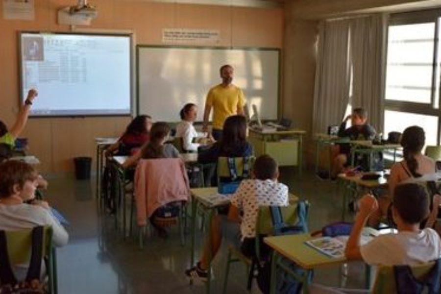 Inicio de taller y exposición itinerante de ADAPTaRES en Centros de Secundaria de la Mancomunidad del Sureste de Gran Canaria