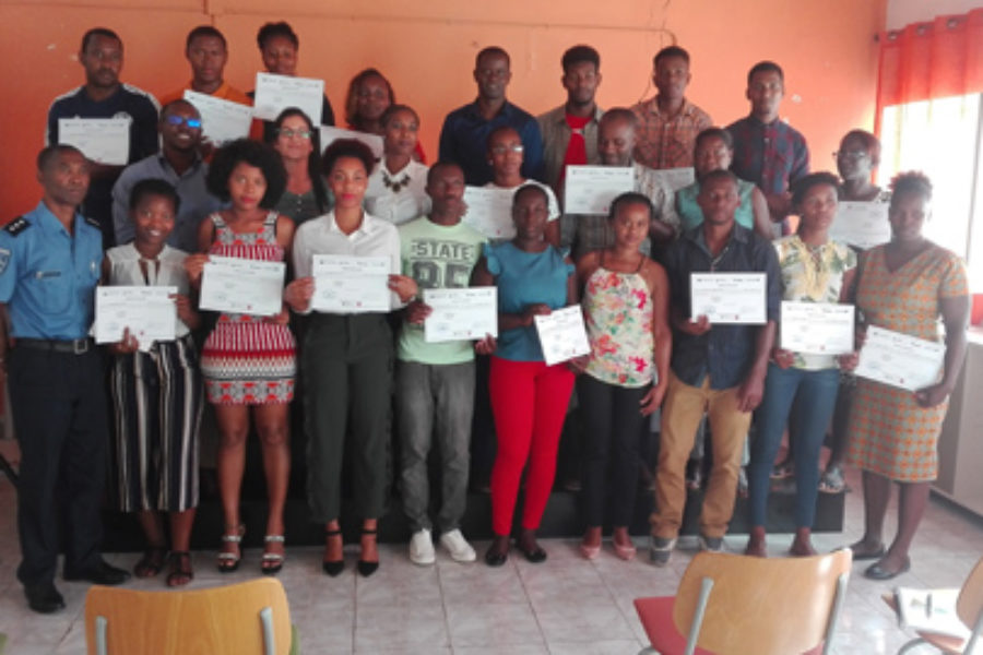 """Cerimónia de entrega de certificado do curso """"Mudanças climáticas e o uso eficiente da água"""""""