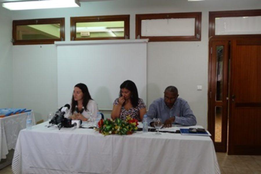 Entrega de material à população de Cabo Verde para a promoção do uso eficiente da água e prevenção das doenças de origens hídricas