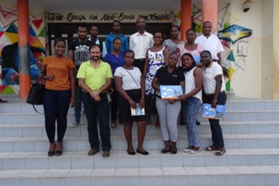 Transferencia material didáctico a sistema educativo caboverdiano para  fomento de uso eficiente del agua y la prevención de enfermedades de origen hídrico. Intervención APIA de Cooperación Española.