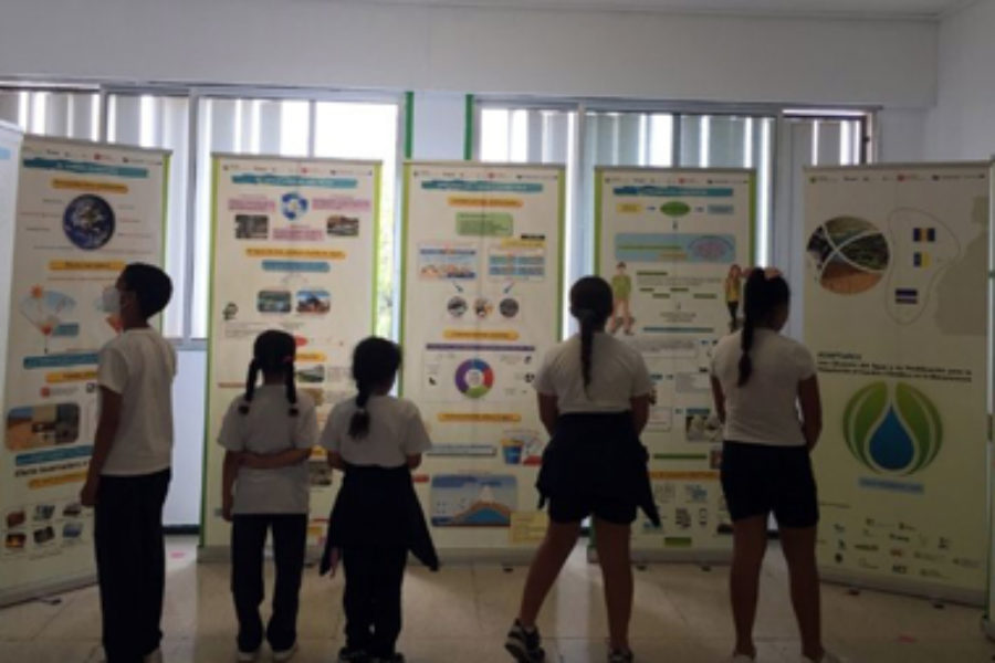 Los recursos de ADAPTaRES, presentes en las bibliotecas de Canarias